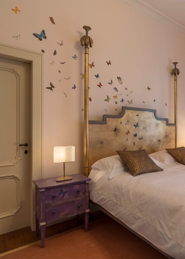 Custom Bed And Decoration By Porte Italia Venezia
