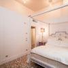 Modigliani Bed Piano Nobile Venezia Porte Italia Venezia